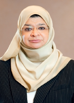 He Dr Rawya Saud Al Busaidi The Right Moves The Business Year
